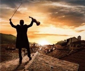 Hegedűs a Háztetőn-Szabadtéri Színpad