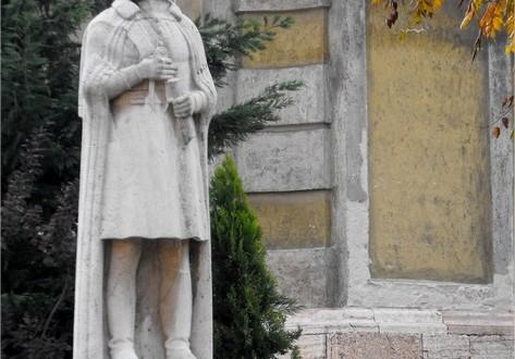 Tata büszkeségei-Fellner Jakab